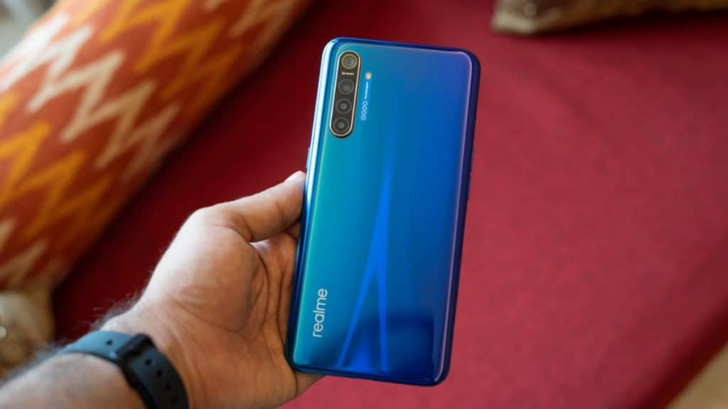 Realme XT with world's first 64MP rear quad camera system (india No.1)64-megapixel camera